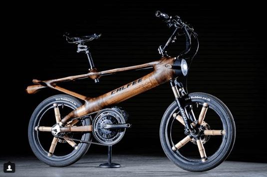 Najdziwniejsze rowery z bambusa mały motorek