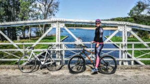 Z rowerem na Mazury Na moście
